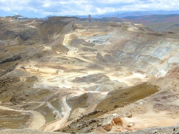 Mines Pérou